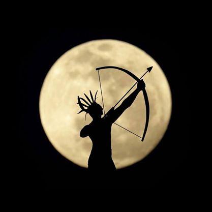 archer-moon