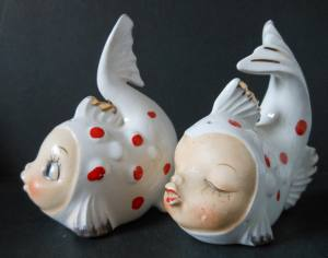 Pisces-fish-salt-and-pepper-shakers